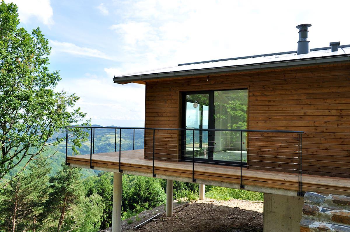Maison en bois à Le Fel (Aveyron - 12)